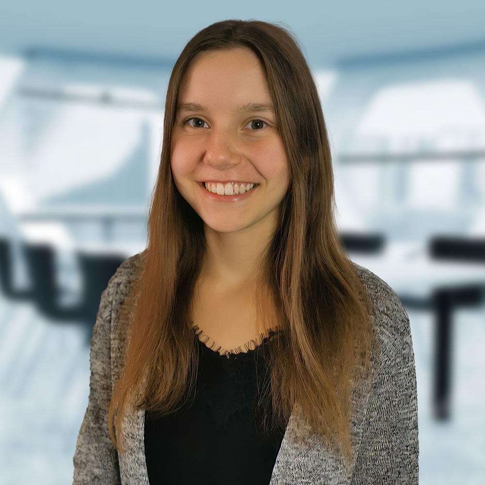 Jasmin Lessel: Online Marketing Praktikantin